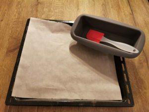 Backblech oder Backform für Brot