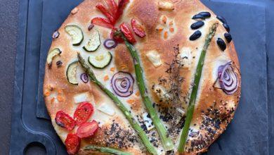 Focaccia-mediterranes Brot mit Bild